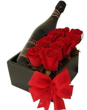 Caja de rosas Pepe