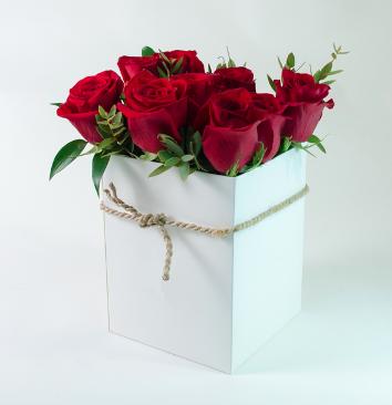 Caja de rosas Lina