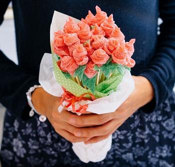 Ramo de rosas Gominola