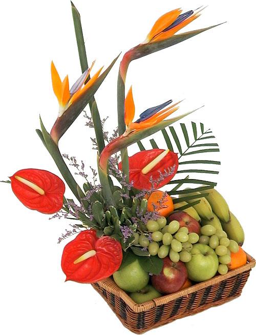 Cesta de flores y frutas Helga